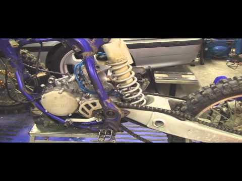 YZ125 Tear Down Part 1: Removing  2 stroke Motor (Engine) Swingarm and Subframe