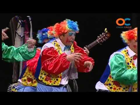 Sesión de Preliminares, la agrupación Los bufanditas actúa hoy en la modalidad de Chirigotas.