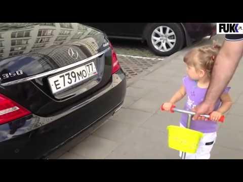 3-letnia dziewczynka z Rosji bezbłędnie rozpoznaje marki samochodów.