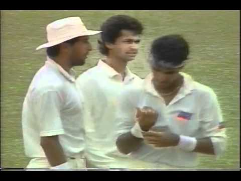 Waqar Younis and Wasim Akram vs West Indies 1st test 2nd innings 1993