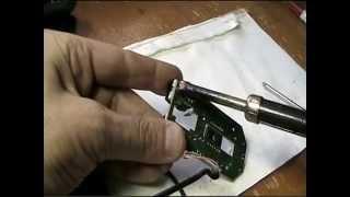 В компьютерной мышке не работают кнопки,ремонт.