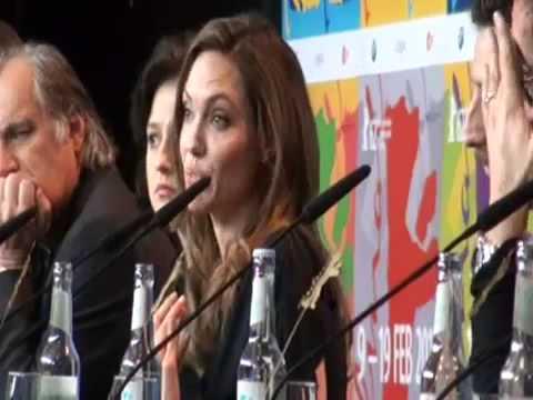 Angelina Jolie operada de mastectomía
