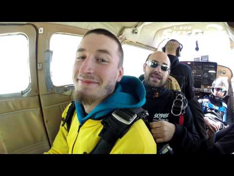 Jacob Reaser's Tandem skydive!