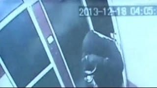 Caught on camera: Skilled burglar steals Rs 14 lakh from PNB ATM in 11 minutes - NDTV