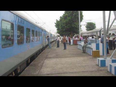 A complete journey : New Jalpaiguri Howrah Shatabdi Express