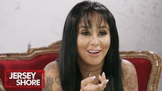 Jersey Shore Cast Reacts To Snooki's OG Casting Tape | Jersey Shore: Family Vacation | MTV - MTV