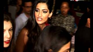 Sonam Kapoor lashes on a journalist | Bollywood News