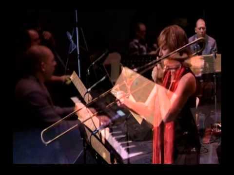 CD Presentation Tributo de Tambor y Trombón en Clave de Mujer Boricua