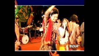 Divyanka Tripathi shows off her garba moves in Nagpur - INDIATV