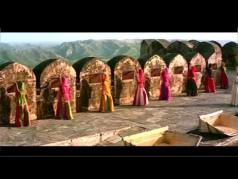 Aaja Sajan Aaja   Khalnayak 720p HD Song).mp4