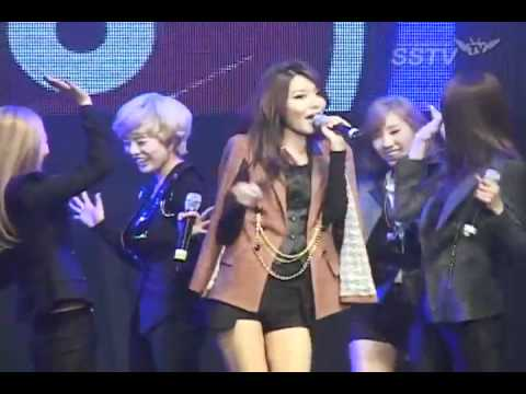少女時代 SNSD The Boys & Gee Funny Videos