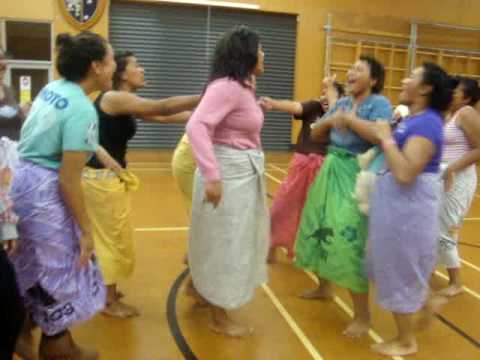 McAuley Samoan Group - Live in 2010
