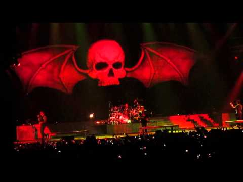 Avenged Sevenfold - Critical Acclaim @Wembley Arena (good audio)1080p