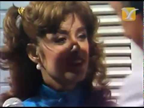 Backstage Lucía Méndez, Raúl Velasco, Alcaldesa de Viña