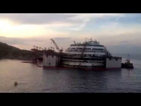 Costa Concordia salvage: close up view of stricken cruise ship