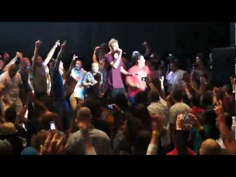 "Matisyahu performs ""King Without a Crown/Aish Tamid/One Day"" live 7/15/2012"