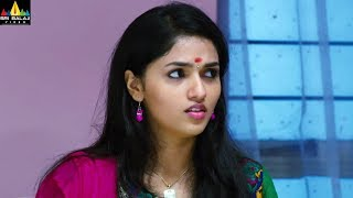 2 Idiots | 2019 Latest Telugu Scenes | Sunaina with her Parents | Santhanam | Sri Balaji Video - SRIBALAJIMOVIES
