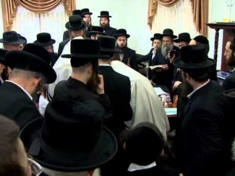Bostoner Rebbe circumcision of is grandson in Beitar Illit