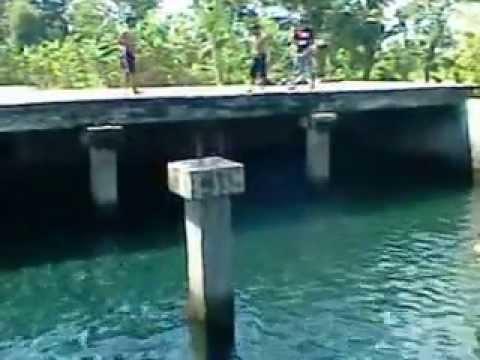 Renang di Sumber air Umbul Saren, dusun Wonosari Maguwoharjo Sleman Yogyakarta 2