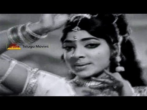 Nindu Kutumbam Telugu Movie Song -Evaru Karanam - Jamuna , Vijayalalitha song