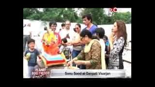 Nana Patekar, Kapoor Family and Sonu Sood doing GANESH VISARJAN - EXCLUSIVE