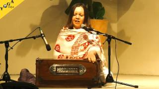 Shakti singt Jay Bajarangavali