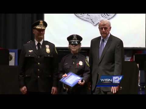 Milwaukee police officer honored for saving a life