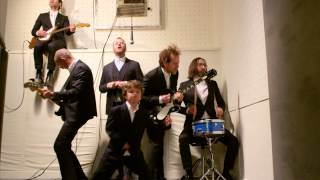 """Watch The National - """"Sea Of Love"""" - Video"""