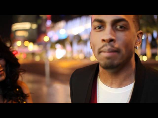 Video: Colonel Reyel - Toi et Moi - Las Vegas avec Ayem 640x480 px - VideoPotato.com