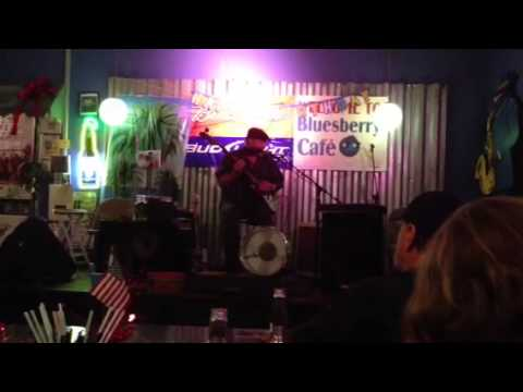 Bluesberry Cafe, June 20, 2013