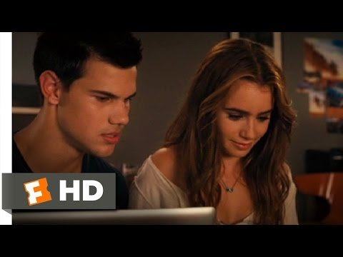 Abduction (2/11) Movie CLIP - That Doesn't Look Like Me (2011) HD