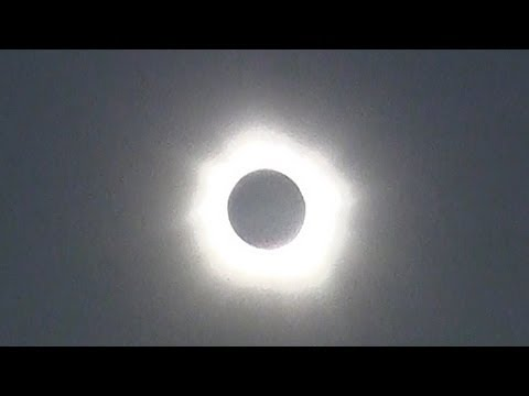 Total Solar Eclipse in Australia 2012 Nov 14
