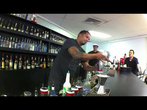 Bartending Academy Hawaii Flair Workshop