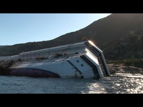 Teams battle to remove Costa Concordia shipwreck from ocean