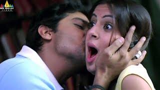 Godava Movie Scenes   Vaibhav Teasing Shraddha Arya   Telugu Movie Scenes   Sri Balaji Video - SRIBALAJIMOVIES