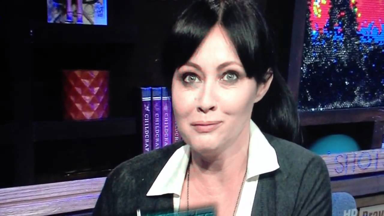 Shannen Doherty comes for Alyssa Milano