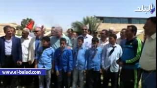 بالفيديو و الصور.. عبد العزيز وفودة يفتتحان ملعبين بمركز شباب الساحل في طور سيناء