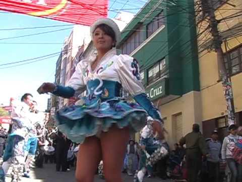 Gran Poder 2010 La Paz caporales sayas tinkus 2010, bellas mujeres bolivia 2/...