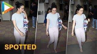 Shraddha Kapoor spotted at Ajay Devgn's office!!! - HUNGAMA