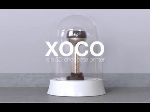 Prezentacja działania drukarki XOCO Chocolate 3D Printer.