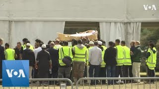 First Funerals for Victims of New Zealand Mosque Attack Under Way - VOAVIDEO