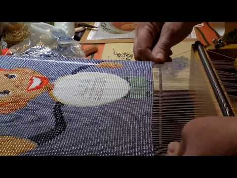 Beadweaving of Speedy Alka-Seltzer on a bead loom