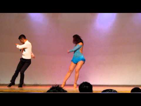 "Toronto Bachata Festival 2012 - PRO Competition - 1st Place Winners! ""Ella se fue"" by Kiko Rodriguez"