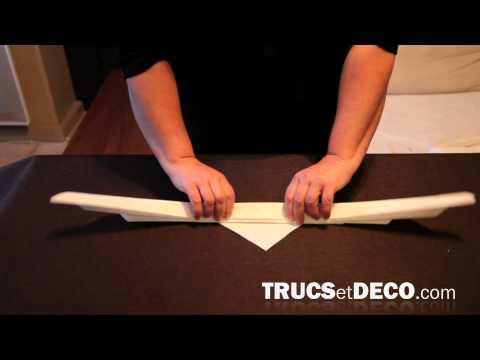 Pliage de Serviette en forme de Feuille d'Arum par Trucsetdeco.com