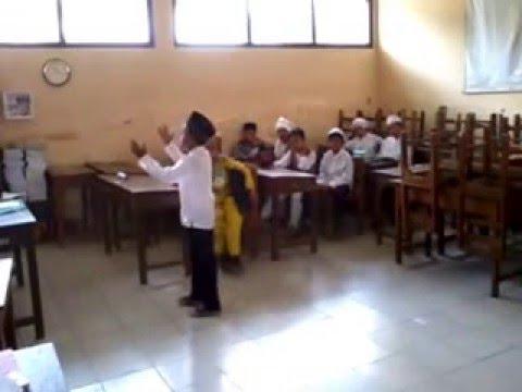 adegan panas di depan mata siswa SD