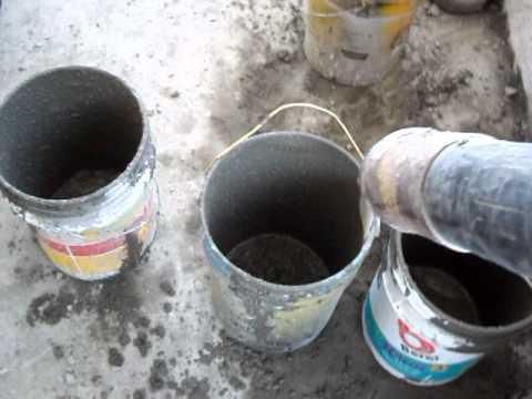 maqmex bomba revolvedora  proyectando mezcla para concreto