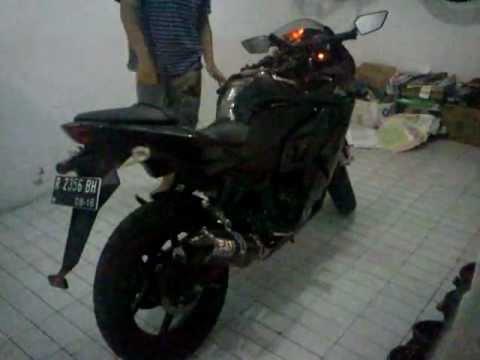 Kawasaki Ninja 250R -- Yoshimura TRC Carbon Fibre Full System Sound