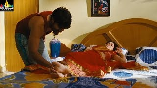 Actress Aksha Scenes Back to Back | Rye Rye Latest Telugu Movie Scenes | Sri Balaji Video - SRIBALAJIMOVIES