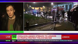 London to Ferguson: Crowd protesting police racism tears down Parliament Square barriers - RUSSIATODAY