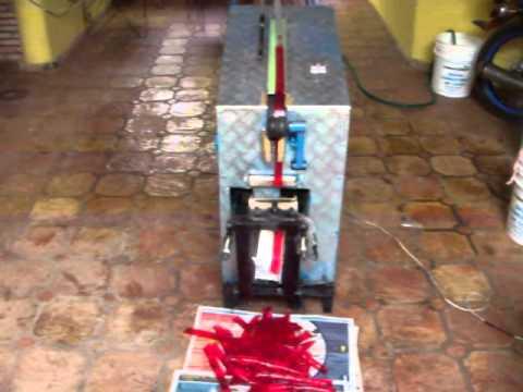Maquina autómatica de hacer bambis, chupis, bolis, duros fríos...
